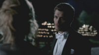 Klaus talking with Caroline 3x14