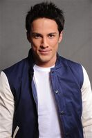 2011 Teen Choice Awards 17 Michael Trevino