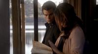 Elijah and Hayley in 1x7