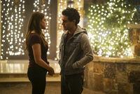 2x08 This Christmas Was Surprisingly Violent-Hope-Landon