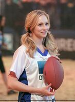 Candice-at-the-Celebrity-Beach-Bowl-2012-game-in-Indianapolis-04-01-12-candice-accola-28837337-1466-2000