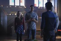 3x02 Goodbyes Sure Do Suck-Hope-Rafael-Landon-Lizzie