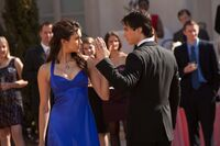 1-19-Miss-Mystic-Falls-the-vampire-diaries-20467147-2048-1365