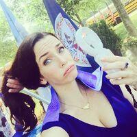 2015-08-17 18-13 Annie Wersching Instagram