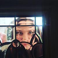 2015-09-22 19-20 Annie Wersching Instagram