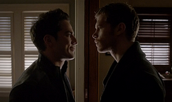 Tyler and klaus4x13.png