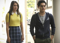 2x07 It Will All Be Painfully Clear Soon Enough-Josie-Landon