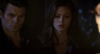 Hayley and Elijah .1x11