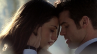 Hayley and Elijah 1x15