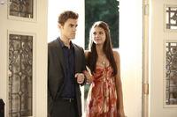 1x04-Family Ties (30)