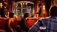 TVD 5x11 Bonnie and Jeremy see Alaric and Vicki, and Tyler comes back