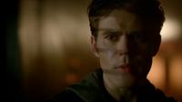 806-074-Stefan~Damon
