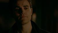 812-119-Stefan~Damon