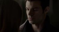 Hay-Elijah in 1x9