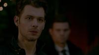 TO412-140-Klaus~Elijah