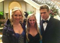 Backstage-from-Season-3-Candice-and-Zach-the-vampire-diaries-tv-show-27806338-600-425