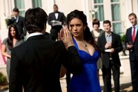 1-19-Miss-Mystic-Falls-the-vampire-diaries-20467109-2048-1365