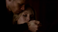 Klaus saving Caroline 4x13