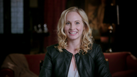 800-Candice King