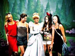 Nina Disney 4.jpg