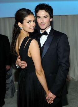 Nina et Ian Oscars 2012.jpeg
