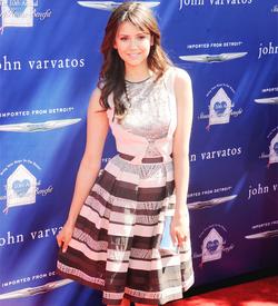 Nina John V. 2013 2.png