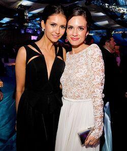 Nina et Torrey Oscars 2012.jpeg