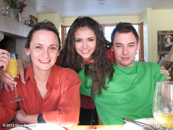 Nina & mother 2.png