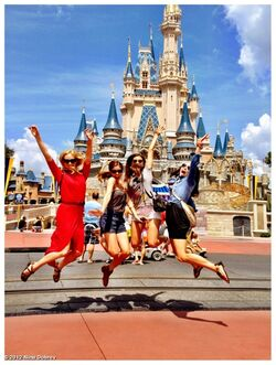 Nina Disney 3.jpg