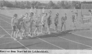 Kurz vor dem Start der Leichtathletik.png