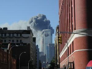 Einschlag von UA 175 ins WTC
