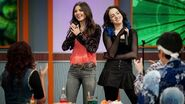 Victorious - Take a Hint (HD) Victoria Justice and Liz Gillies