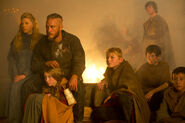 Burial of the Dead 1x06 (24)
