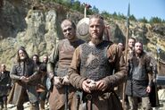 Brother's War 2x01 (15)