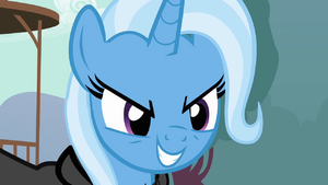 Trixie grinning evily S3E5