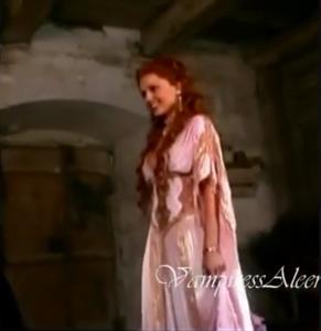 Aleera vampiress