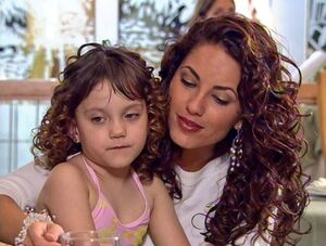 Rubí and her niece Fernanda