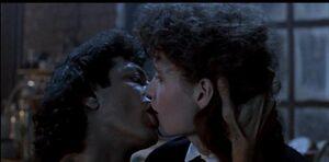 Seth and Veronica kiss