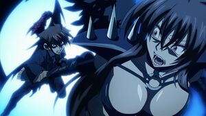 Issei about to punch Raynare
