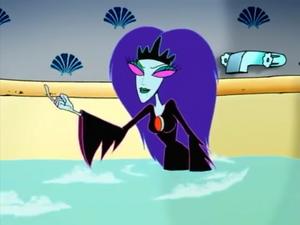 Black Puddle Queen bath