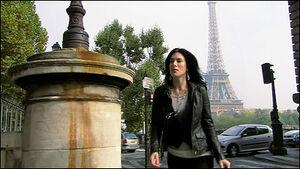 Lila in Paris