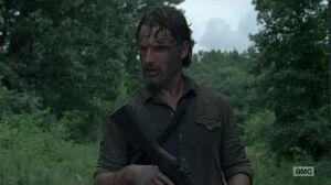 The Walking Dead 8x05 Rick sees a helicopter