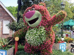 Lotso-huggin-bear-topiary-2013