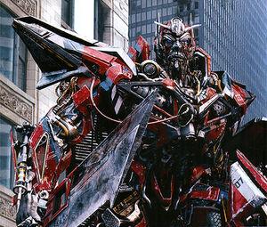 Leonard-Nimoy-as-Sentinel-Prime-in-Transformers-Dark-of-the-Moon