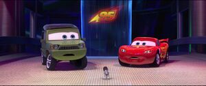 Cars2-disneyscreencaps.com-2947