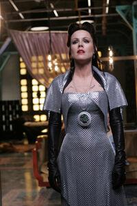 Azkadellia with the Emerald of the Eclipse