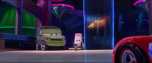 Cars2-disneyscreencaps.com-3055