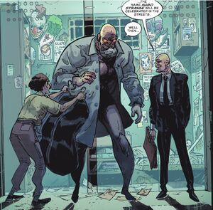 Hugo Strange Prime Earth 02