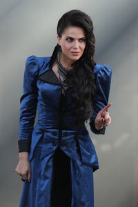 Once Upon a Time - 6x03 - The Other Shoe - Photography - Regina 2