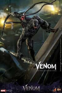 Venom - collectible figure 2